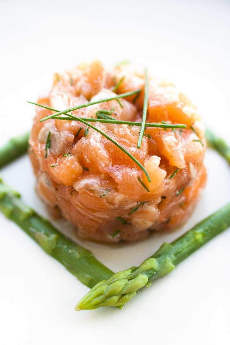 mangiare con gli occhi tartare salmone
